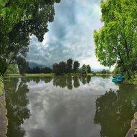 пруд парка ;Воронцово :: юрий макаров