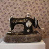 Швейная машинка на которой никто не сошьёт :: Наталья Золотых-Сибирская
