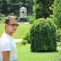 Прогулка по парку :: Татьяна Клименко