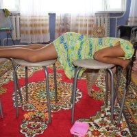 Спящая девочка и Рыжик :: Alexey Nesterov