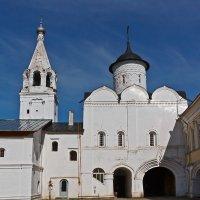 Надвратный храм. Прилуцкий монастырь. Вологда :: MILAV V