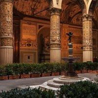 Флоренция.  Во внутреннем дворике Палаццо Веккьо. :: Надежда Лаптева