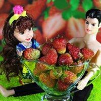 Сладку ягоду ели вместе..:) :: Андрей Заломленков
