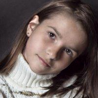 портрет девочки :: максим веселов