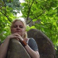 На камнях в Кабардинке :: Михаил Шабанов