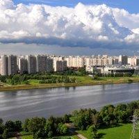 Вид на район Марьинский парк :: Анатолий Колосов