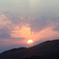 Рассвет в горах :: Михаил Костоломов