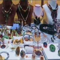 Крымские самоцветы: витрина магазина :: Ирина Лушагина