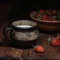 Вечерний десерт с молоком . :: Валерий Хинаки
