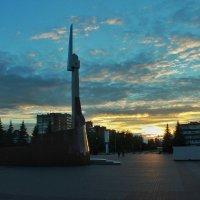 Памятник воинам :: Алексей Медведев