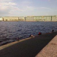Холодное спокойствие Невы :: Олег Денисов