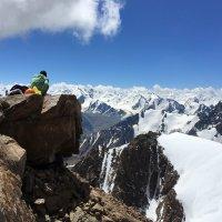 Чем выше горы, тем больше радуется сердце и оживает душа. :: Anna Gornostayeva