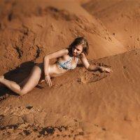 Девушка на Марсе :: Roman Sergeev
