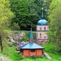 Часовня в память преподобного Нила Столобенского, святой источник и купель. :: Елена Швецова