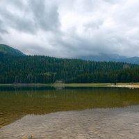 Чёрное озеро :: Георгий Муравьев