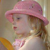 Маленькое   чудо в   шляпке :: Николай Танаев