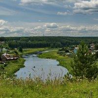Вид на Исеть и на деревню с крутого бережка. :: Михаил Полыгалов