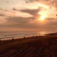 Закатный пляж1 :: Александр