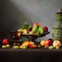 Летний натюрморт с фруктами и вином :: Татьяна Карачкова