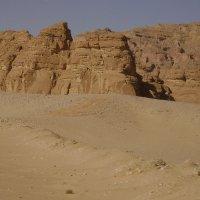 В Синайской пустыне :: Марина Домосилецкая
