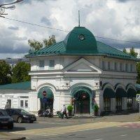 Цветочный магазин на Черном озере :: Наиля
