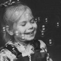 Счастье в пузырьках! :: Юля Колосова