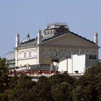 Оперный театр (вид с моря) :: Александр Корчемный