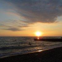 Краски морского заката :: Татьяна Смоляниченко