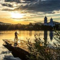 Sunset on the lake :: Dmitry Ozersky