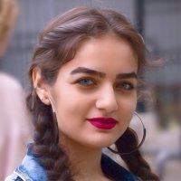 Девушка С косами. :: Александр Бабаев