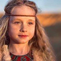 Девочка в пустыне :: Юлия