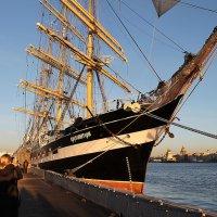 В нашу гавань заходили корабли. :: Senior Веселков Петр