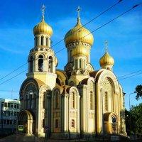 Церковь :: Евгений Зинченко
