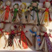 Ярмарка украинских невест... :: Алекс Аро Аро