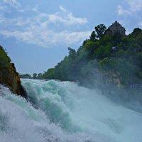 Рейнский водопад (Швейцария). :: Galina Dzubina