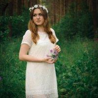 Девушка в лесу :: Юлия Куваева