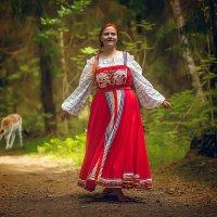 Прогулка по лесу :: Виктор Седов