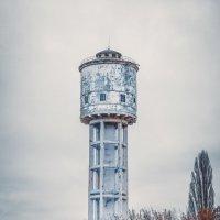 Заброшенная водонапорная башня :: Yaroslav Voitashchyk
