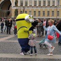 Танцы на Дворцовой :: Татьяна Осипова(Deni2048)