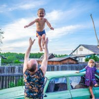 Любимый дядя приехал!!! :: Ирина Антоновна