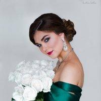 Белые розы :: Анастасия Светлова