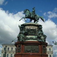 Памятник  императору Николаю первому на Исаакиевской площади :: марина ковшова