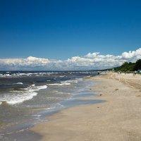 Пустнынный пляж :: Alena Cyargeenka