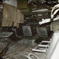 В кабине старого БТРа :: Андрей Головкин