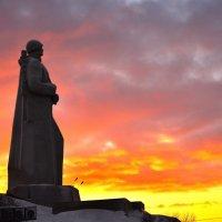 Памятник защитникам заполярья :: Роман Кудрин