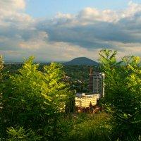 О, Пятигорск, пьянящий горный край... :: Евгений Юрков