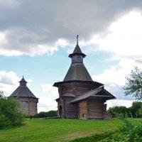 Проездные ворота Николо-Корельского монастыря.(XVII-XVIII вв.) :: Oleg4618 Шутченко