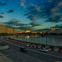 Закат на Москва-реке. :: Александр Бабаев