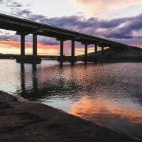 Закат! Мост через озеро Мылки! :: Ирина Антоновна