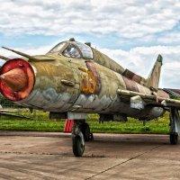 Cу-17М на исторической экспозиции МАКС 2017 :: Павел Myth Буканов